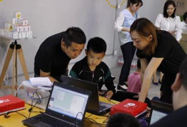 中国・大連での教育事業